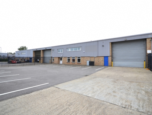Warehouse industrial with yard Nuffield Way Abingdon Oxfordshire