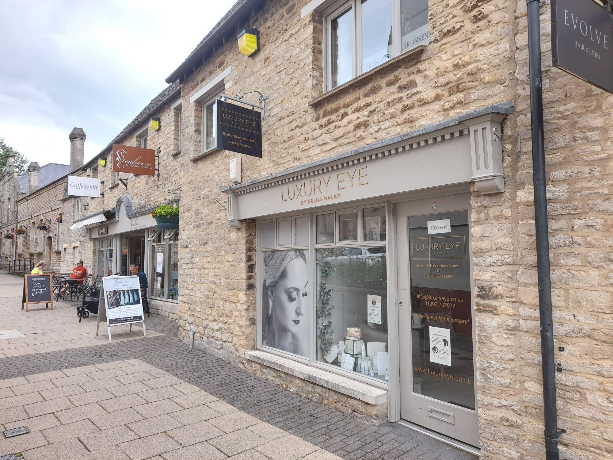Similar property | 4 Langdale Court - Witney