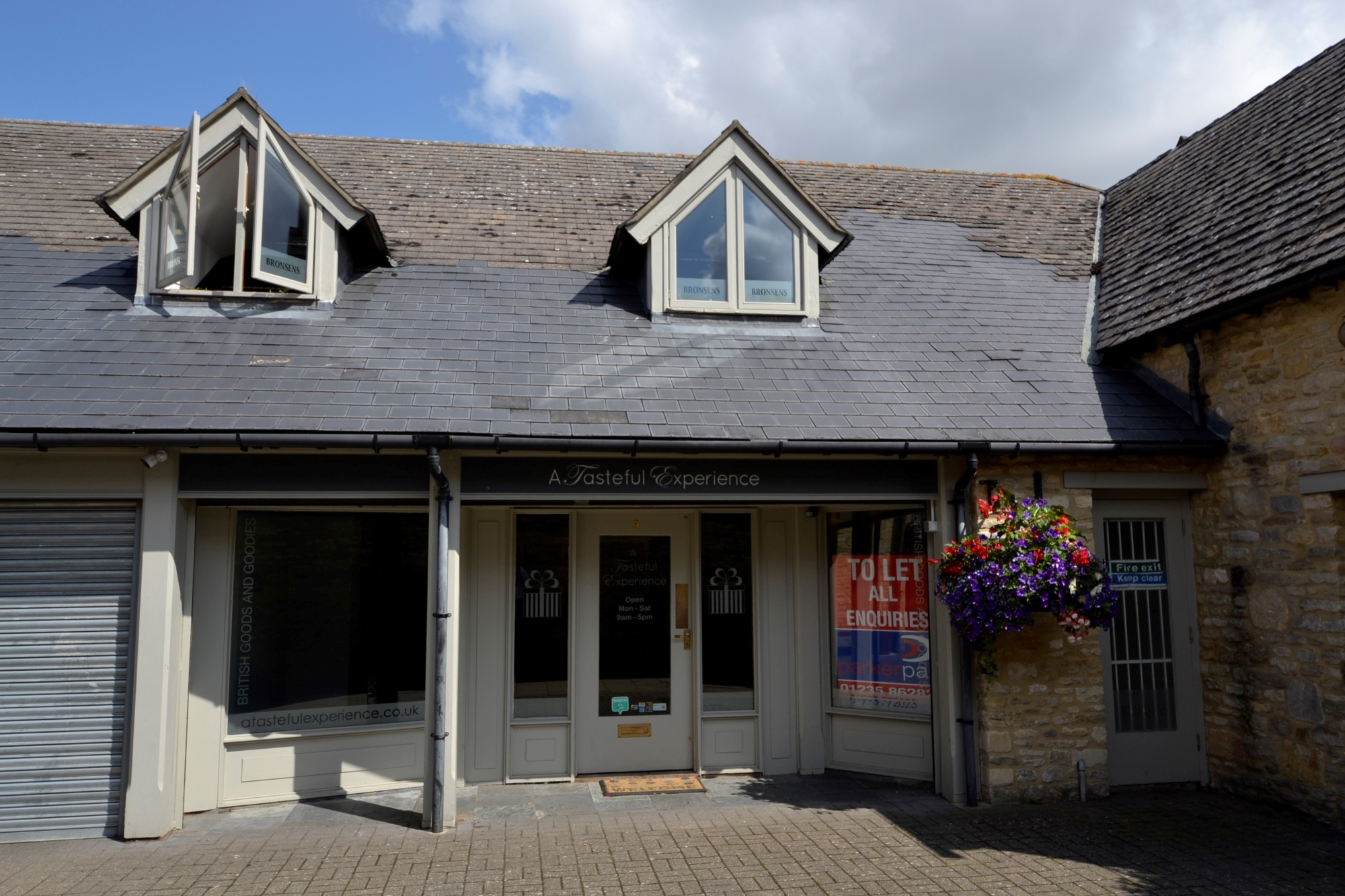 A1 retail unit Witney town centre near Woolgate