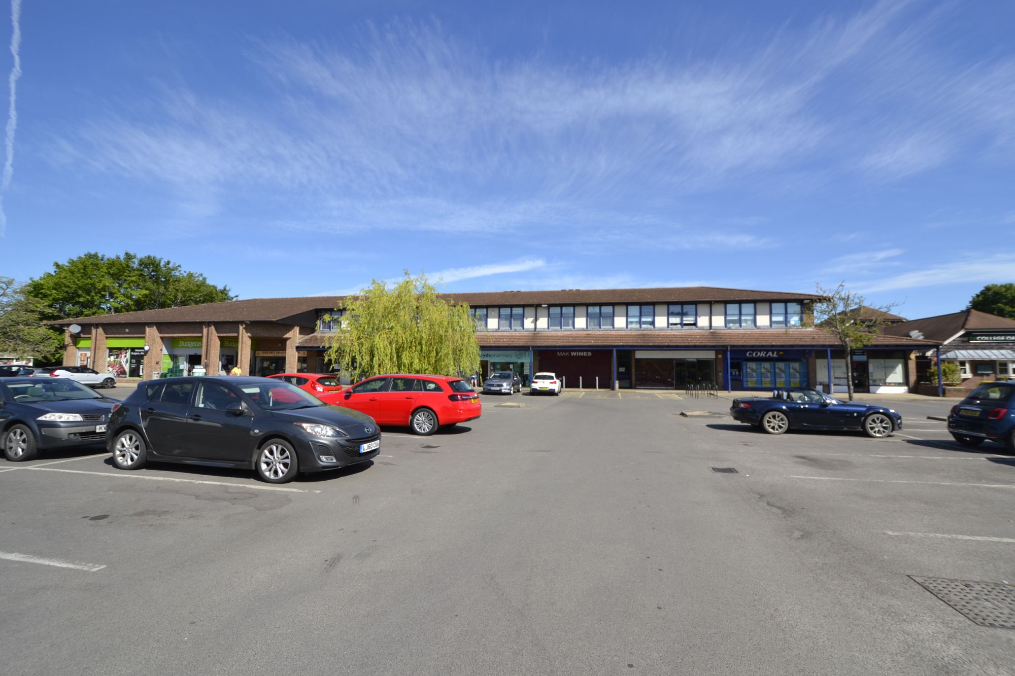 Similar property | 9 Peachcroft Shopping Centre - Abingdon