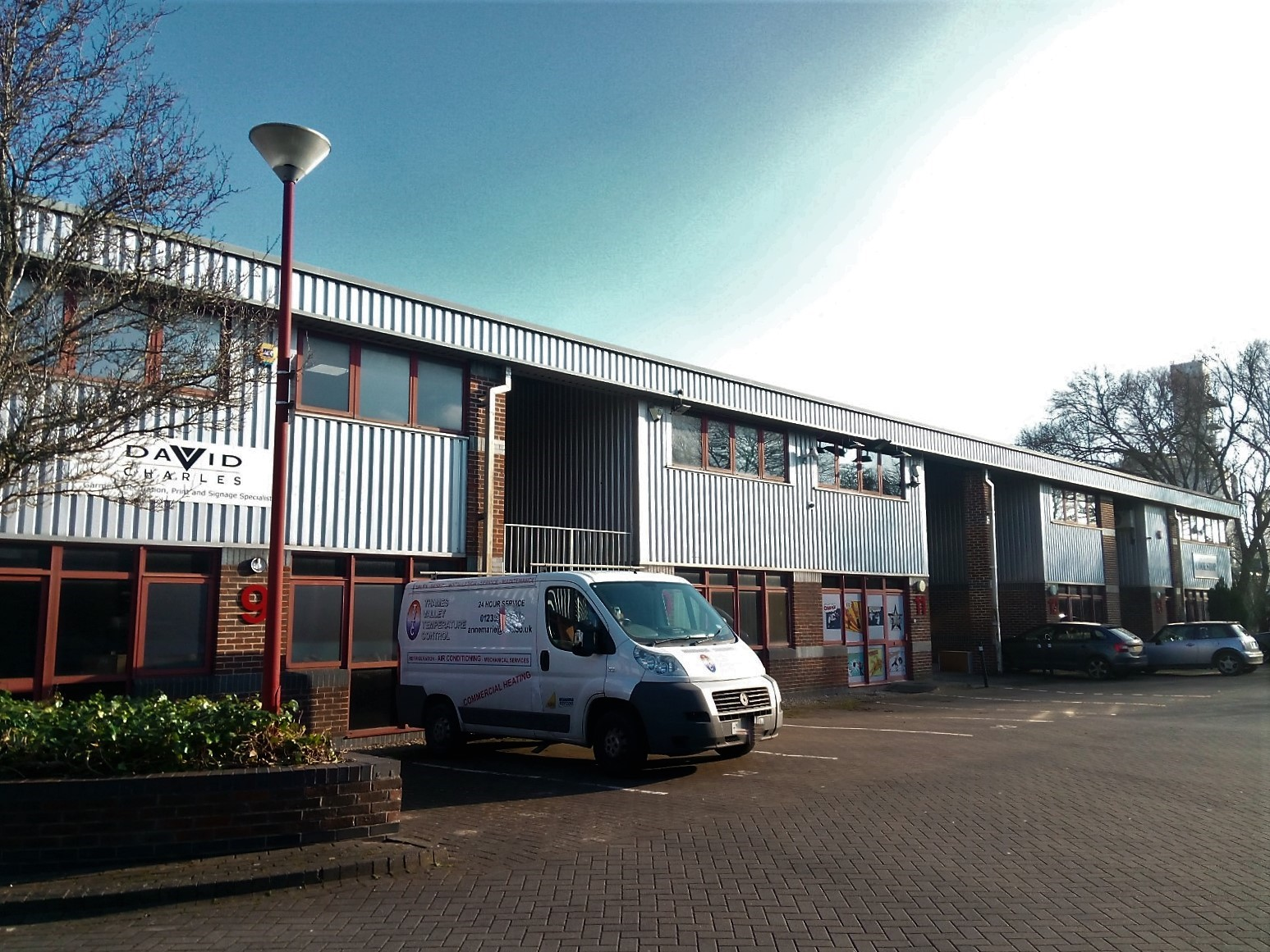 Workshop store business unit Freehold for sale in didcot
