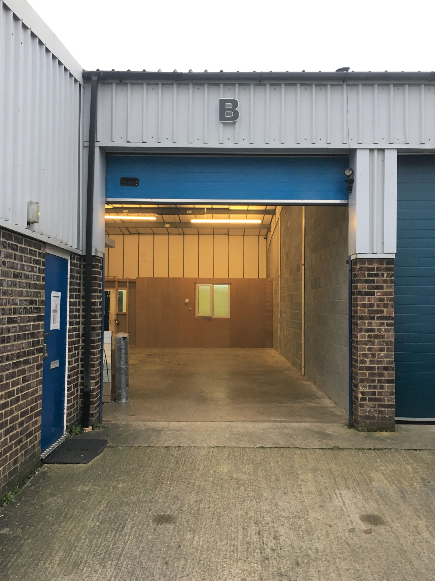 Industrial unit, Hithercroft, Wallingford