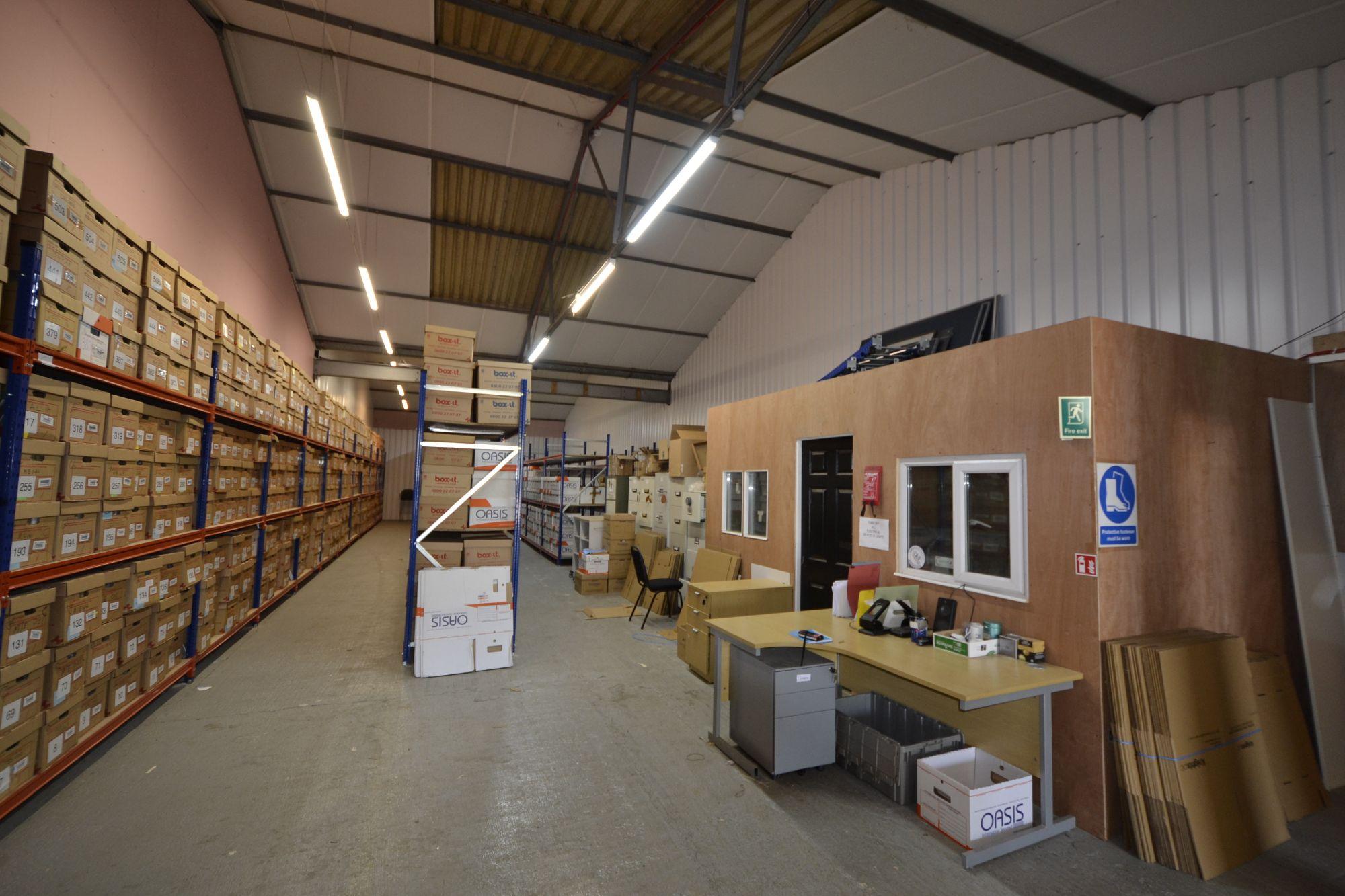 Archive storage unit